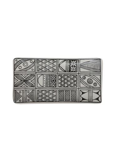 Warm Design Hand-Painted Seramik Siyah Desenli Servis Tabağı (c) Beyaz